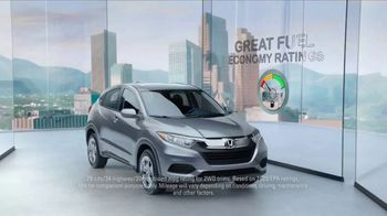 Honda HR-V TV Spot, 'City Living & Outdoor Adventure' [T2] - 349 commercial airings