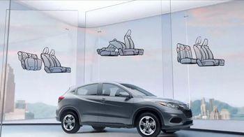 Honda HR-V TV Spot, 'City Living & Outdoor Adventure' [T2] - Thumbnail 4