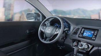 Honda HR-V TV Spot, 'City Living & Outdoor Adventure' [T2] - Thumbnail 5
