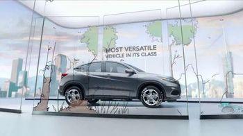 Honda HR-V TV Spot, 'City Living & Outdoor Adventure' [T2] - Thumbnail 6
