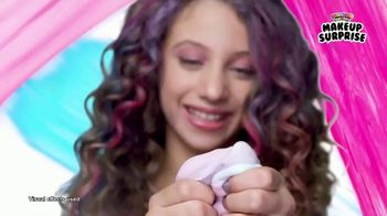 Rainbow Surprise Makeup Surprise TV Spot, 'Make Slime With Makeup' - Thumbnail 6
