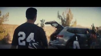 Volkswagen Atlas TV Spot, 'Espacio para todos' canción de Jarabe de Palo [Spanish] [T1]