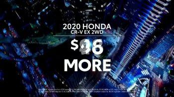 Toyota RAV4 TV Spot, 'Dear Road Rivals: RAV4 and Apple CarPlay' [T1] - Thumbnail 5
