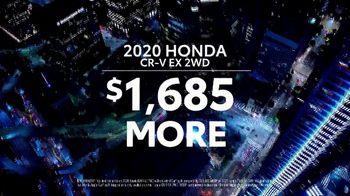 Toyota RAV4 TV Spot, 'Dear Road Rivals: RAV4 and Apple CarPlay' [T1] - Thumbnail 6