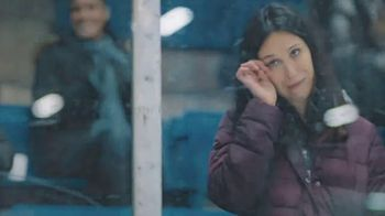 Hyundai TV Spot, 'Hockey Mom' Song by Stompin' Tom Connors [T1] - Thumbnail 8