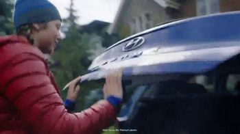 Hyundai TV Spot, 'Hockey Mom' Song by Stompin' Tom Connors [T1] - Thumbnail 2