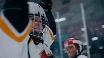 Hyundai TV Spot, 'Hockey Mom' Song by Stompin' Tom Connors [T1] - Thumbnail 7