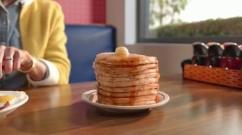 IHOP All You Can Eat Pancakes TV Spot, 'Combinaciones' [Spanish] - Thumbnail 2