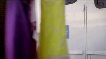 Old Spice Ultra Smooth TV Spot, 'NBC: Old Spice x William Jackson Harper' Featuring William Jackson Harper, Isaiah Mustafa - Thumbnail 1