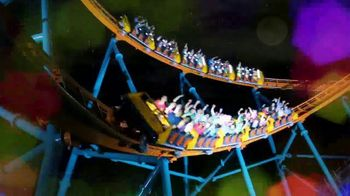 Six Flags Holiday in the Park TV Spot, 'Select Dates Extended' - Thumbnail 7