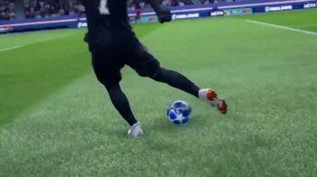 FIFA 19 TV Spot, 'Champions Rise This Holiday' Featuring Neymar Jr., Kylian Mbappé - Thumbnail 6