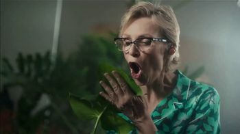 NFL TV Spot, 'Get Ready to Celebrate: The Hopkins Shuffle' Featuring DeAndre Hopkins, Jane Lynch - Thumbnail 6