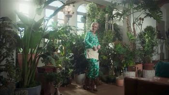 NFL TV Spot, 'Get Ready to Celebrate: The Hopkins Shuffle' Featuring DeAndre Hopkins, Jane Lynch - Thumbnail 9