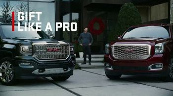 GMC Black Friday Event TV Spot, 'One for You, One for Me' [T2] - Thumbnail 6