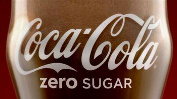 Coca-Cola TV Spot, 'Eggnogg Schmeggnog'
