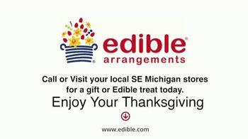 Edible Arrangements TV Spot, 'Dinner Speech' - Thumbnail 10