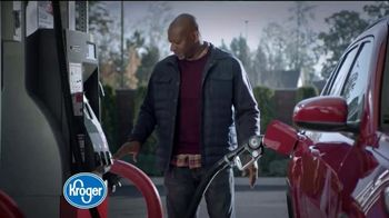 The Kroger Company TV Spot, '2018 Holidays: Fueling Your Sleigh for Less' - Thumbnail 1