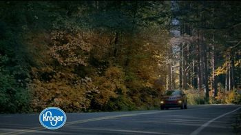 The Kroger Company TV Spot, '2018 Holidays: Fueling Your Sleigh for Less' - Thumbnail 4