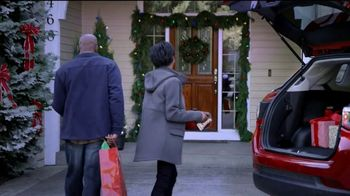 The Kroger Company TV Spot, '2018 Holidays: Fueling Your Sleigh for Less' - Thumbnail 8