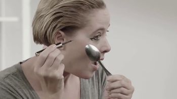 Lyda Beauty Cleopatra Cat Eye Stamp TV Spot, 'Sexy and Mysterious' - Thumbnail 1