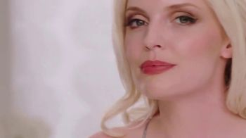 Lyda Beauty Cleopatra Cat Eye Stamp TV Spot, 'Sexy and Mysterious' - Thumbnail 5