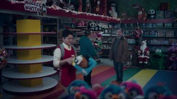 UPS TV Spot, 'The Gift of the Season' - Thumbnail 8