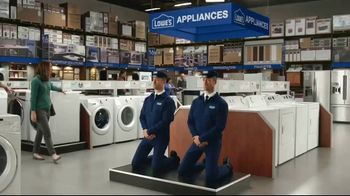 Maytag TV Spot, 'Eye Candy: Washers' Featuring Colin Ferguson - Thumbnail 1