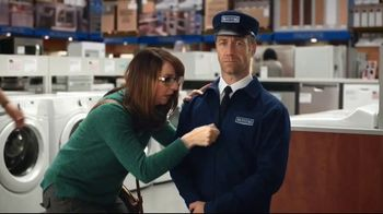 Maytag TV Spot, 'Eye Candy: Washers' Featuring Colin Ferguson - Thumbnail 6