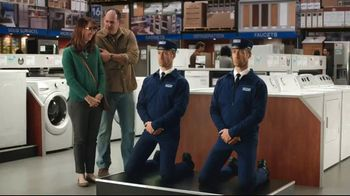 Maytag TV Spot, 'Eye Candy: Washers' Featuring Colin Ferguson - Thumbnail 8