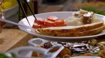 Golden Corral Thanksgiving Day Buffet TV Spot, 'Celebrate' - Thumbnail 5