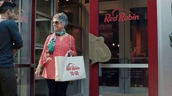Red Robin To-Go  TV Spot, 'Get Your Burger On' - Thumbnail 5