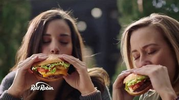 Red Robin To-Go  TV Spot, 'Get Your Burger On' - Thumbnail 9