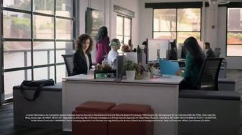 ADT TV Spot, 'Holiday Online Shopping Service' - Thumbnail 4