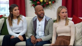 Ebates TV Spot, 'Hallmark Channel: Holiday Shopping Tips' Ft. Debbie Matenopoulos, Cameron Mathison - Thumbnail 8