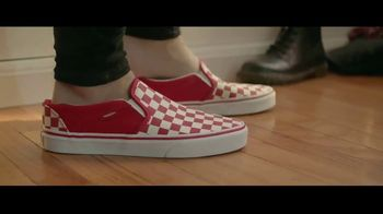 Famous Footwear TV Spot, 'Joy You Can Share' - Thumbnail 3