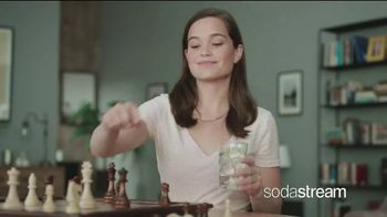 SodaStream TV Spot, 'How to Save the Planet With a Few Pfff and a Psss' - Thumbnail 5