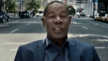 Allstate Drivewise TV Spot, '4-Way Observation' Featuring Dennis Haysbert - Thumbnail 7