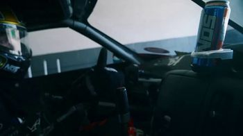 NOS Nitro Mango TV Spot, 'Mango Stand' Featuring Chris Forsberg - Thumbnail 4