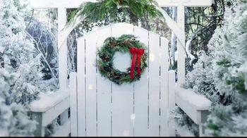 Hallmark Keepsake Ornaments TV Spot, 'Hallmark Channel: Santa's Magic Train Ornament' - Thumbnail 1