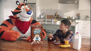 Chocolate Frosted Flakes TV Spot, 'Mmmm Chocolate' - Thumbnail 4