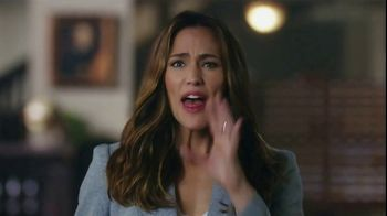 Capital One Venture TV Spot, 'Library' Featuring Jennifer Garner - Thumbnail 4
