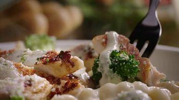 Olive Garden Buy One Take One TV Spot, 'Favorites: Shrimp Scampi' - Thumbnail 1