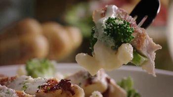 Olive Garden Buy One Take One TV Spot, 'Favorites: Lasagna' - Thumbnail 2