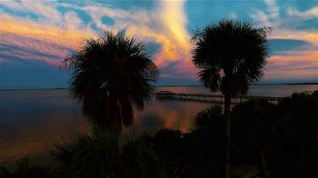 Visit St. Petersburg/Clearwater TV Spot, 'Paint the Beach' - Thumbnail 8