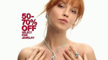 Macy's 48 Hour Sale TV Spot, 'Jewelry, Shoes and Apparel' - Thumbnail 3
