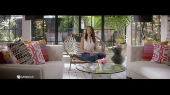 Overstock.com TV Spot, 'Accent Table' - Thumbnail 7