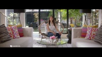 Overstock.com TV Spot, 'Accent Table' - Thumbnail 8
