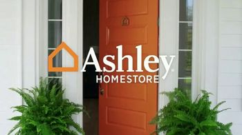 Ashley HomeStore Black Friday in July TV Spot, 'Panel Beds' - Thumbnail 1