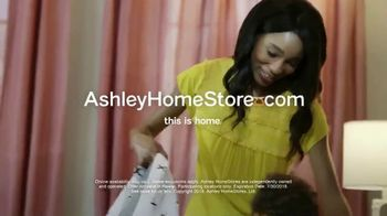 Ashley HomeStore Black Friday in July TV Spot, 'Panel Beds' - Thumbnail 10