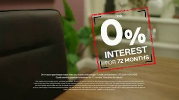 Ashley HomeStore Black Friday in July TV Spot, 'Panel Beds' - Thumbnail 5